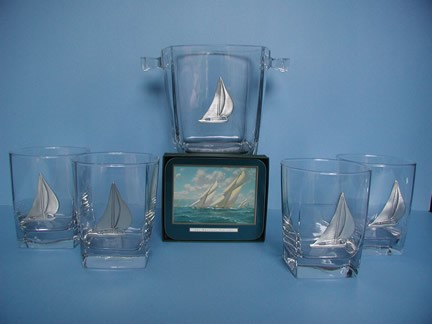 SAILING GLASSES